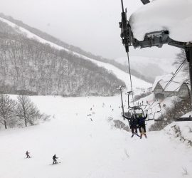 skiing hakuba in japan